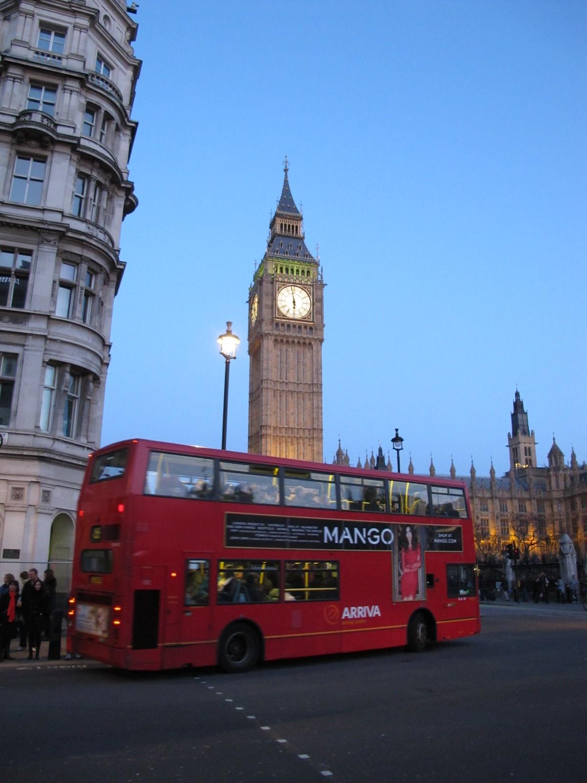 London-2012-big-ben-and-bus-night