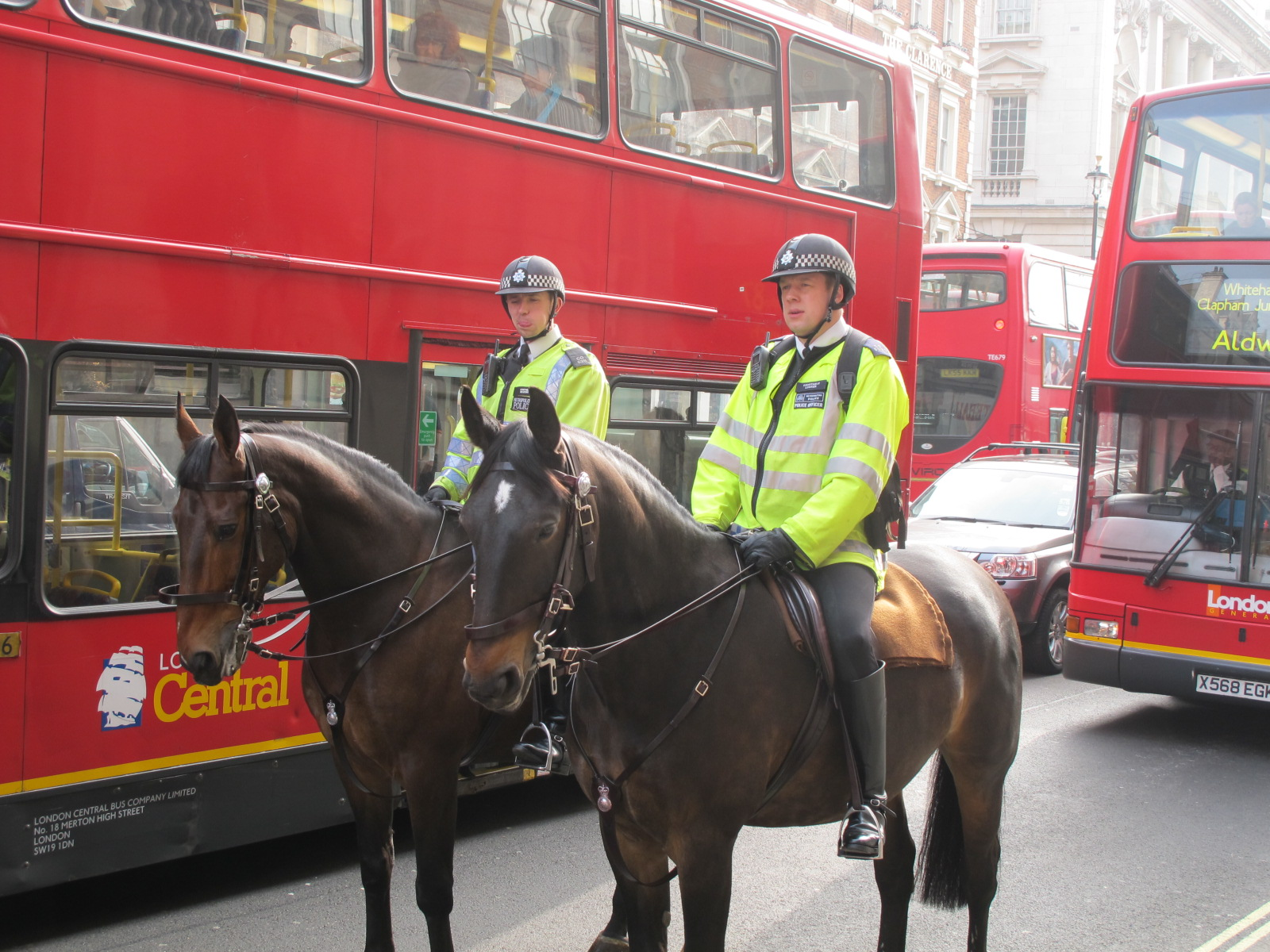 London-2012-longon-police-on-horse