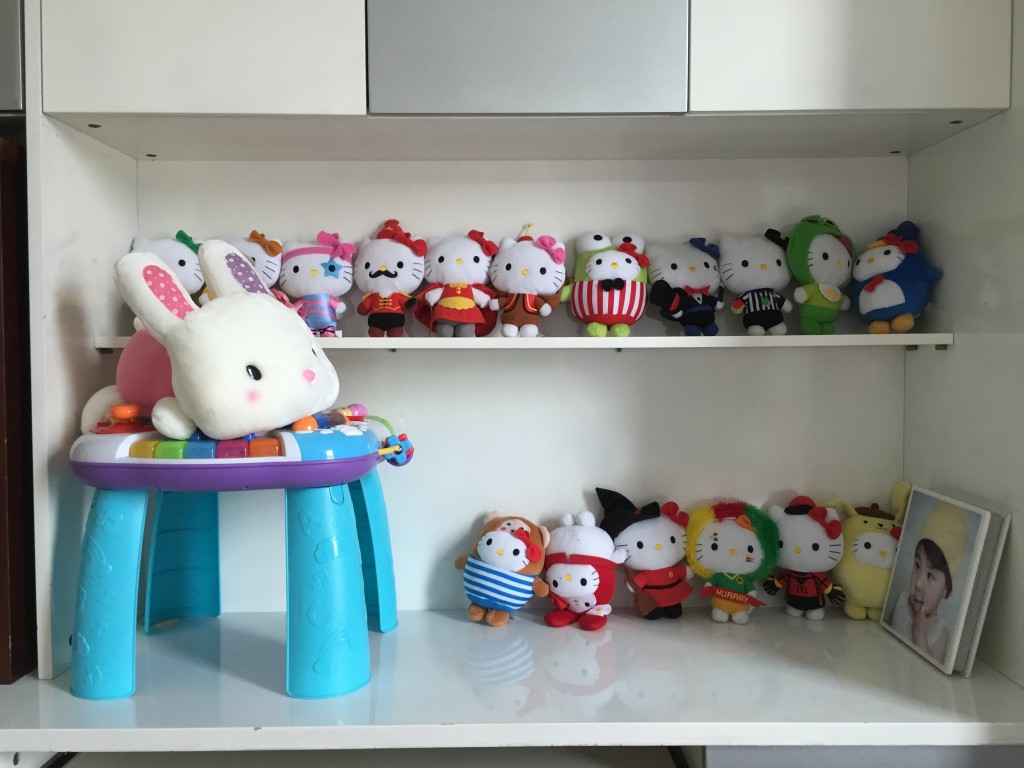 The team of Hello Kitty dolls, now lead by a bit rabbit.
